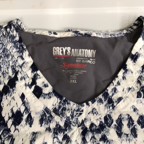 Grey's Anatomy Other - 2XL scrub top